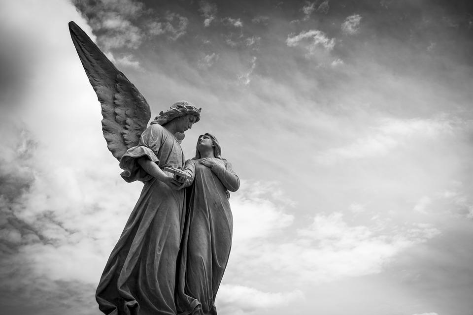 el tarot y los angeles
